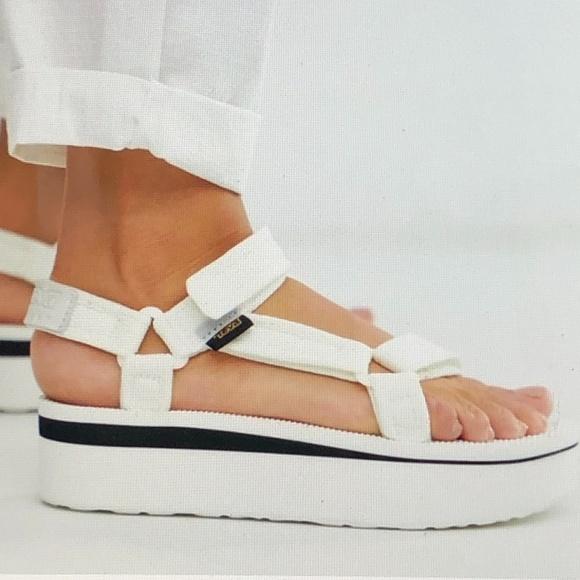 Teva Shoes | Flatform Universal White